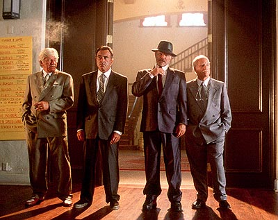Dan Hedaya Tony 'The Mouth' Donato (Seymour Cassel), Mike 'The Brick' Donatelli (), Joey 'Bats' Pistella (Burt Reynolds) and Bobby Bartellemeo (Richard Dreyfuss) in Touchstone Pictures' comedy The Crew - 2000