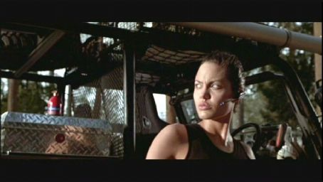 Lara Croft Angelina Jolie in Simon West's : Tomb Raider distributed by Paramount - 2001
