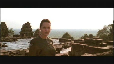 Lara Croft Angelina Jolie as  in Simon West's action/adventure : Tomb Raider also starring Jon Voight - 2001