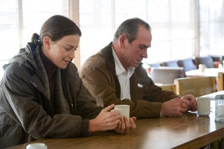 "Det. Emily Sanders Charlize Theron as  and Tommy Lee Jones as Hank Deerfield in director Paul Haggis' ""In the Valley of Elah,"" a Warner Independent Pictures release.  Photo Credit: Lorey Sebastian © 2007  © Elah Finance V.O.F."