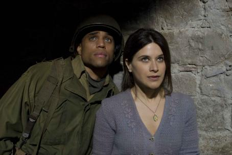 Michael Ealy  (left), Valentina Cervi (right). Photo: David Lee. ©2008 Buffalo Soldiers In Italy, LLC - ON My Own Produzioni Cinematografiche S.R.L.