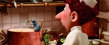 Patton Oswalt Remy and Linguini in Ratatouille - 2007. © Disney, Pixar.