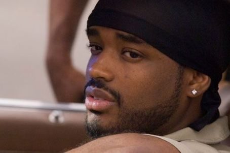 Larenz Tate  in Rogue Pictures' Waist Deep - 2006
