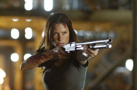 Skinwalkers Rhona Mitra as Rachel in
