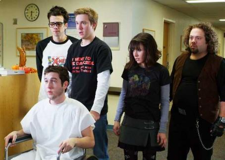 Sam Huntington Windows (Jay Baruchel), Linus (Chris Marquette), Eric (), Zoe (Kristen Bell) and Hutch (Dan Fogler) in the scene of Fanboys.