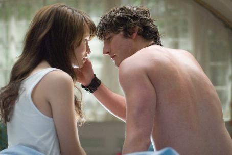 "Jesse Moss Anna (Emily Browning, left) resumes her affection for Matt (, right) following her mother's mysterious death in the haunting suspense thriller ""The Uninvited."" Photo Credit: Kimberley French. © Copyright 2008 DREAMWORKS LLC. Al"