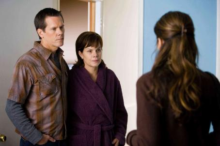 "Marin Hinkle (L-R) KEVIN BACON as Tom Stark, MARCIA GAY HARDEN as Megan Stark and MARIN HINKLE as Renee in Warner Bros. Pictures' drama ""Rails & Ties,"" distributed by Warner Bros. Pictures. Photo by Tony Rivetti Jr."