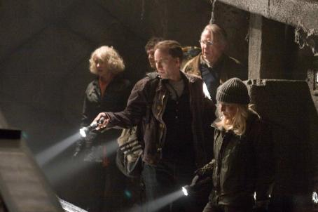 National Treasure: Book of Secrets Left to right: HELEN MIRREN, JUSTIN BARTHA, NICOLAS CAGE, JON VOIGHT, DIANE KRUGER in ' © Disney Enterprises, Inc. and Jerry Bruckheimer, Inc. All rights reserved. Photo credit: Robert Zuckerman