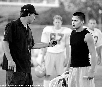 Crazy/Beautiful Richard Steinmetz and Jay Hernandez in Touchstone's crazy/beautiful - 2001