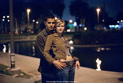 Crazy/Beautiful Jay Hernandez and Kirsten Dunst in Touchstone's crazy/beautiful - 2001