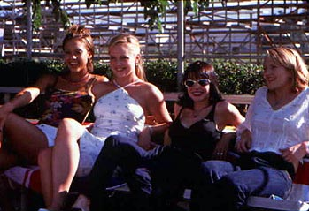 Jordan Ladd Jessica Alba, Marley Shelton,  and Drew Barrymore in Never Been Kissed
