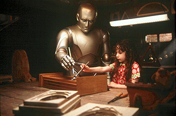Hallie Kate Eisenberg Robin Williams and  in Touchstone's Bicentennial Man - 12/99