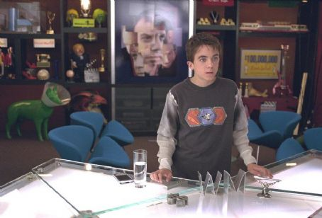 Frankie Muniz  in Univeral's Big Fat Liar - 2002
