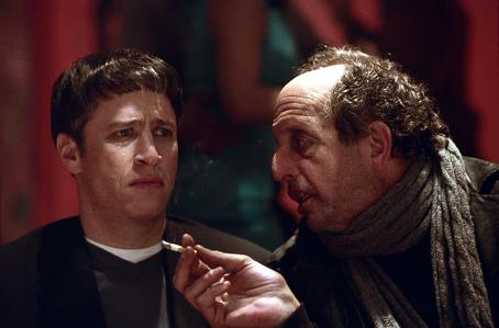 Jon Stewart  and Vincent Schiavelli in Warner Brothers' Death To Smoochy - 2002