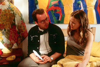 Director Kris Isacsson and Julia Stiles on the set of Miramax's Down To You - 1/2000