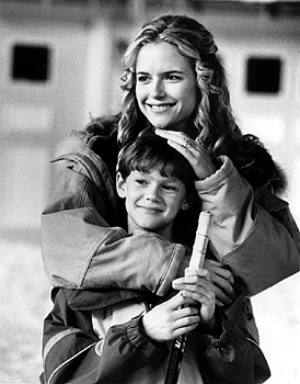 Jack Frost Kelly Preston and Joseph Cross in Warner Brothers'  - 1998