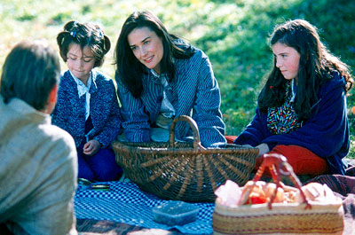 Passion of Mind Chaya Cuenot, Demi Moore and Eloise Eonnet in of Paramount Classics'  - 2000