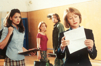 Marisa Coughlan Katie Holmes, , Barry Watson and Helen Mirren in Teaching Mrs. Tingle - 8/99