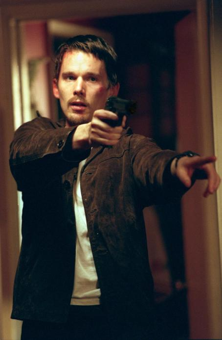 Training Day Ethan Hawke in Warner Brothers'  - 2001