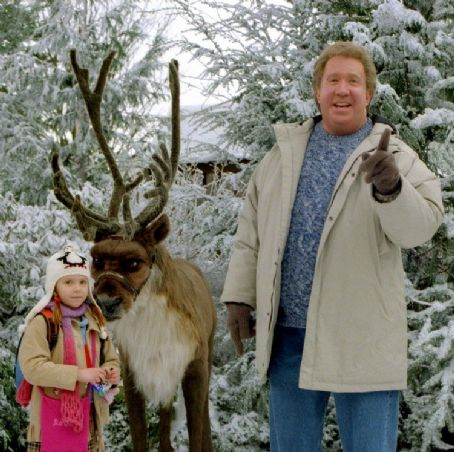 Liliana Mumy  and Tim Allen in Disney's The Santa Clause 2 - 2002