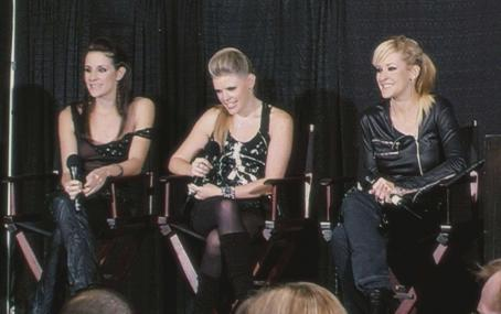 Emily Robison Martie Maguire, Natalie Maines and  star in Barbara Kopple and Cecilia Peck's documentary SHUT UP & SING. Photograph courtesy of The Weinstein Company