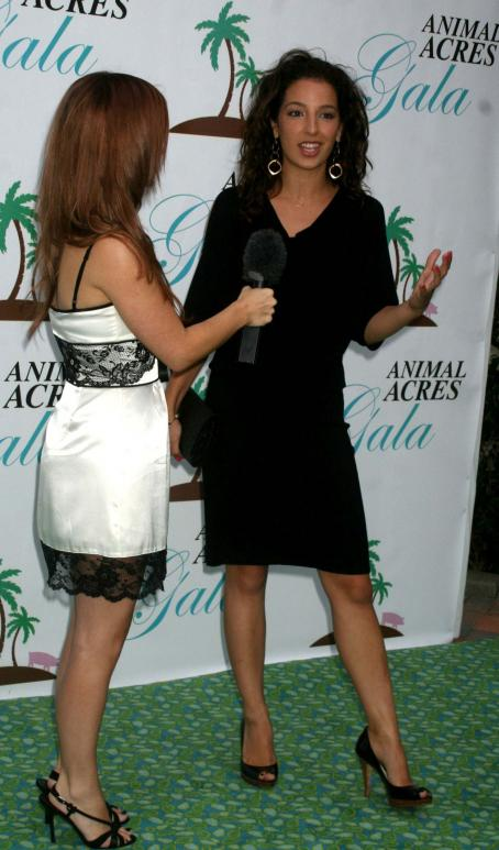 Vanessa Lengies At Animal Acres 2009 Charity Gala, September 12 2009