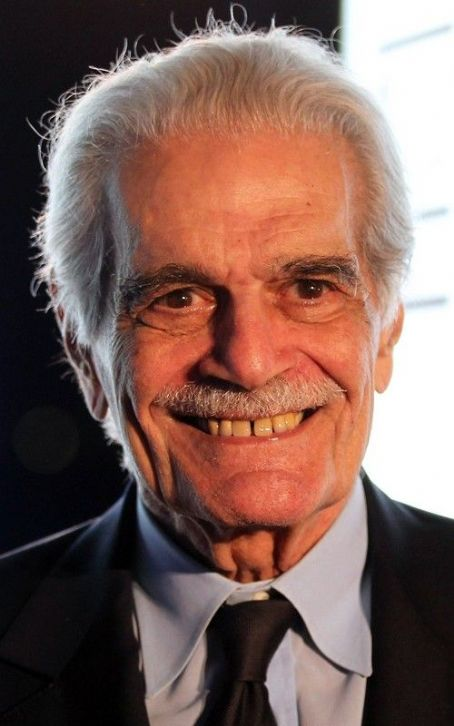 Omar Sharif Slaps Female Fan at Doha Festival