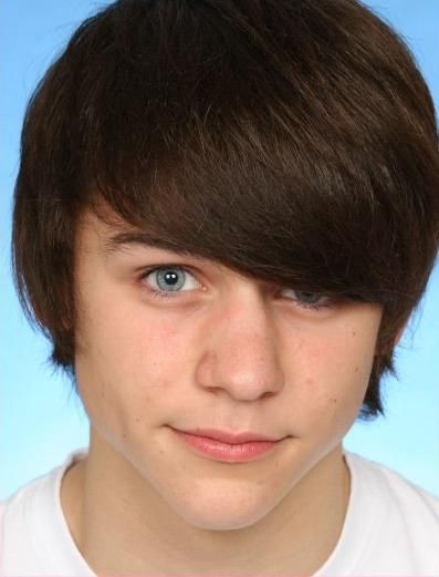 Tommy Bastow - Photo Colection