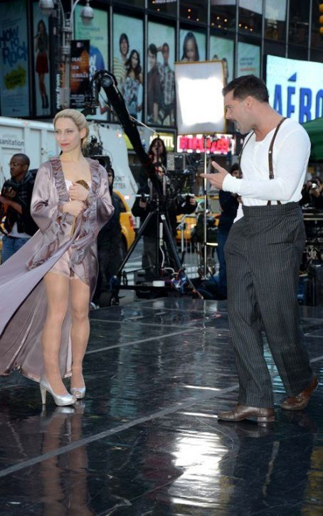 "Ricky Martin Brings 'Evita' to ""Good Morning America"""