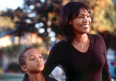 Jascha Washington  as Trent and Nia Long as Sherry in 20th Century Fox's Big Momma's House - 2000