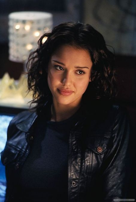 Jessica Alba - Dark Angel