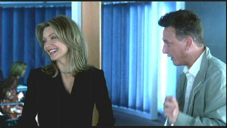 Michelle Pfeiffer and Sean Penn in Jessie Nelson's I Am Sam, also starring Laura Dern - 2002