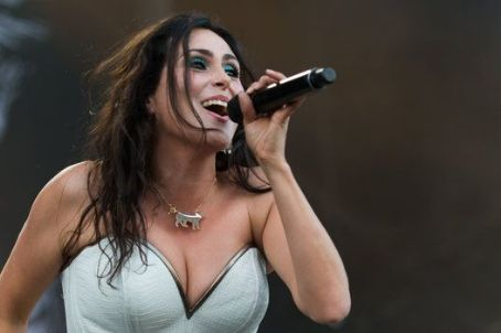2015 3august Den 92015Sharon Adel Heavy Day Mtl Picture m80Nvnw