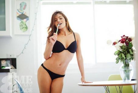 Sarah Shahi Esquire Magazine – Me In My Place