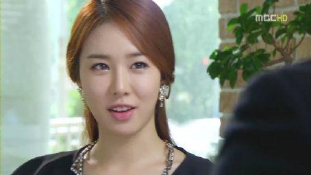 In-Na Yoo Yoo In-na