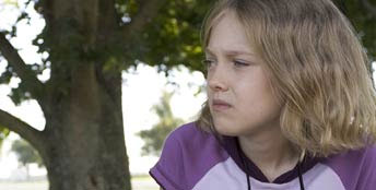 Cale Crane Dakota Fanning plays  in John Gatins' drama movie Dreamer: Inspired by a True Story distributed by DreamWorks.