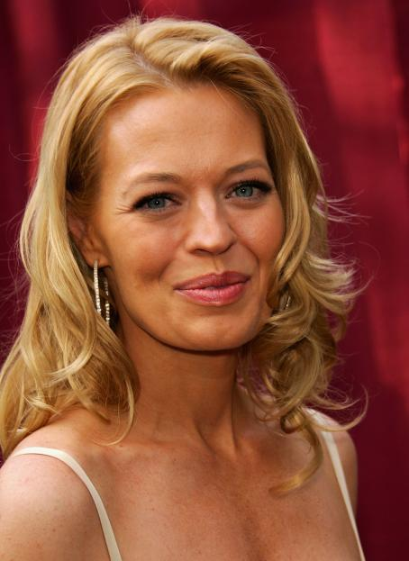 Jeri Lynn Ryan  - CBS Upfront Presentation 17 May 2006