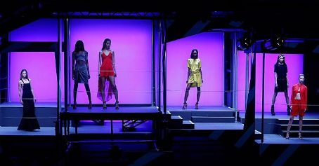 Rihanna brings high street to catwalks at London show