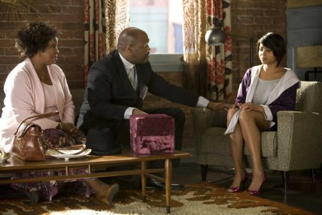 Gladys Knight  (as Wilma, left), Marvin L. Winans (as Pastor Brian, center), and Taraji P. Henson (as April, right) in TYLER PERRY'S I CAN DO BAD ALL BY MYSELF. Photo credit: Quantrell Colbert