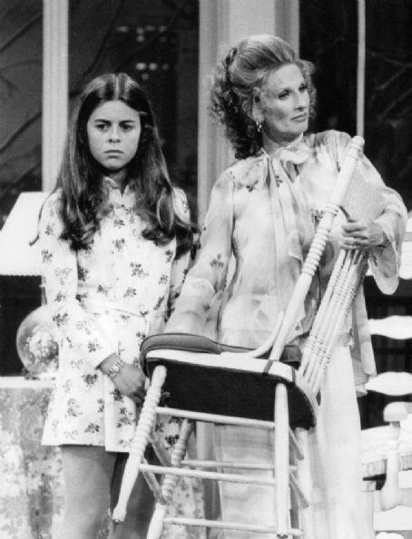 Lisa Gerritsen Bess & Phyllis
