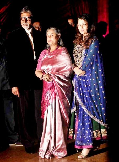 Jaya Bhaduri Bachchans at Riteish Deshmukh- Genelia D'Souza Wedding Reception