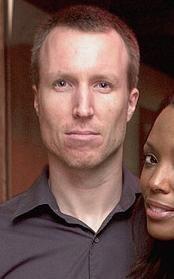 Who is Aisha Tyler dating Aisha Tyler boyfriend husband