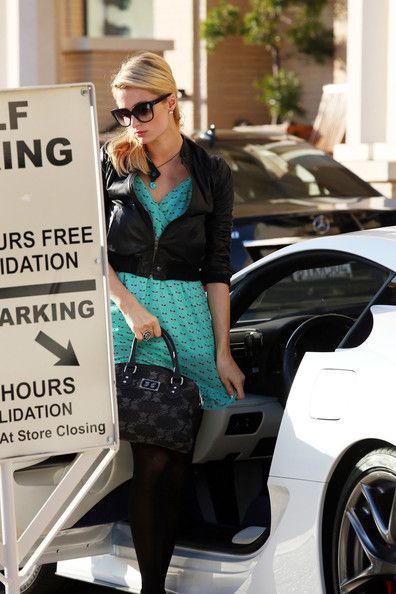 Paris Hilton: at the Barney's New York valet in Los Angeles