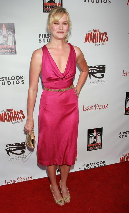 Nicholle Tom  - Los Angeles Premiere Of '2001 Maniacs: Field Of Screams' At The Egyptian Theatre On July 15, 2010 In Hollywood, California