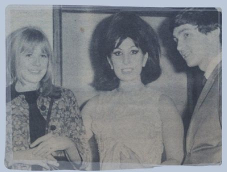 Alma Cogan Marianne Faithfull,  and Gene Pitney