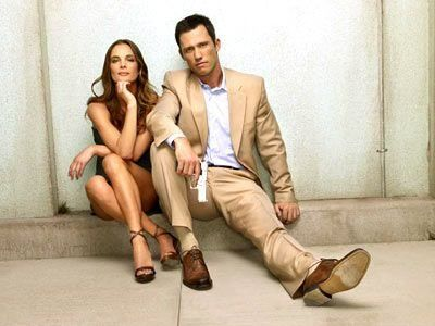 Burn Notice Jeffrey Donovan and Gabrielle Anwar