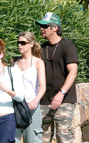 Benicio Del Toro And Sara Foster In St. Barths