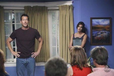 James Denton - Desperate Housewives (2004)