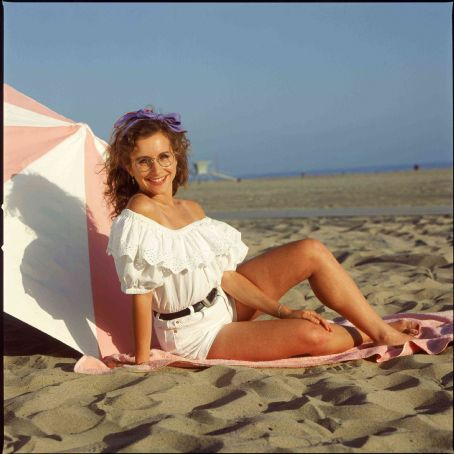 Gabrielle Carteris Carol Potter in Beverly Hills, 90210 (TV Series) - 1990