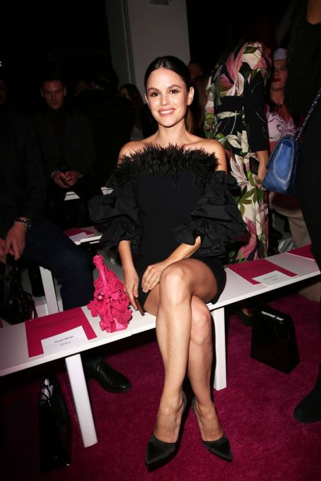 Rachel Bilson - Christian Siriano Show auf der New York Fashion Week 2020